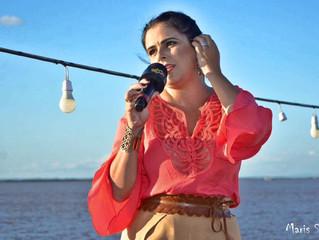 """Shana Müller apresenta """"Cardápio Musical"""" no Barco Cisne Branco"""