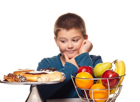 Czy powinniśmy liczyć dzieciom kalorie?