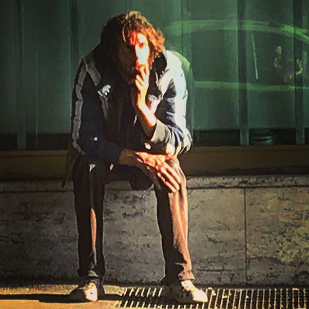 waiting man (streetportrait)