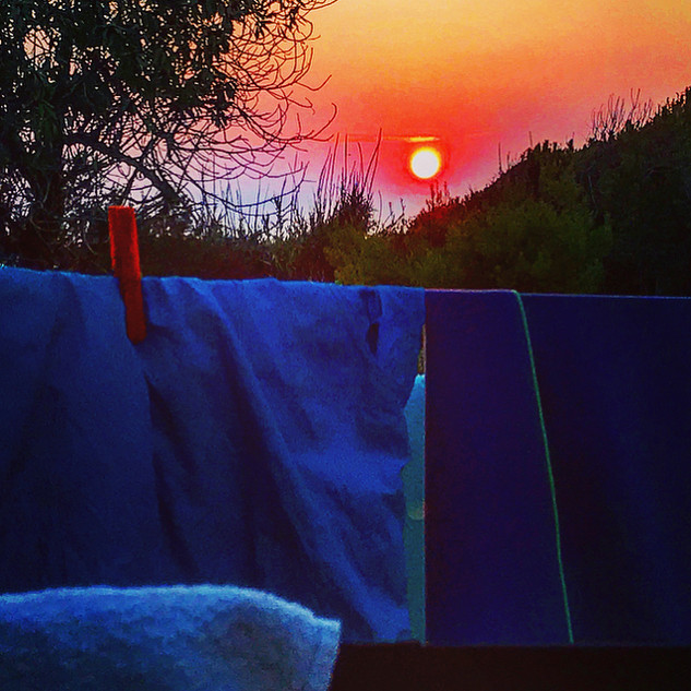 camping by the side of the sea (deep sicily streetsketches)