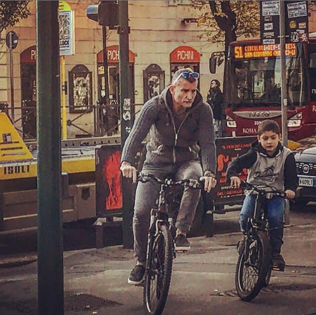 Biker and son (streetportait)