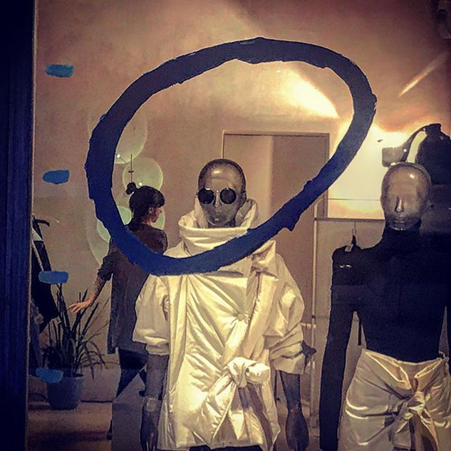 the disquieting muses revisited (a merchandised dedication to De Chirico)