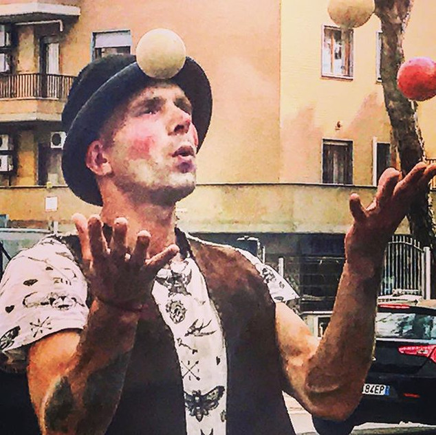 just another juggling day (the whistling