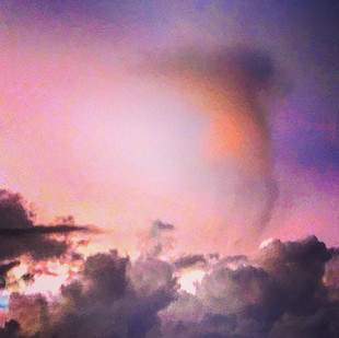 dancing cloud on the edge of sunset (urban vision)