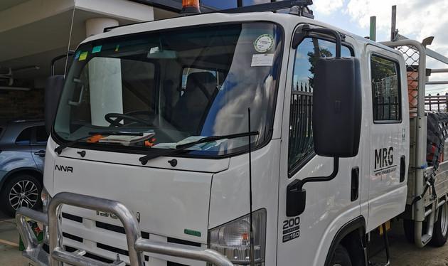 MRG Isuzu NNR Gang Truck