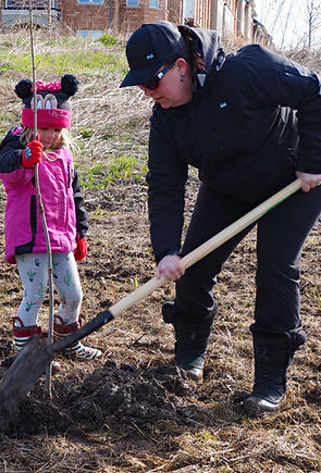 2019 04 28 - 10,000 Trees - planting day