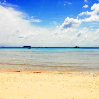 Phi Phi Beach_DxO.jpg