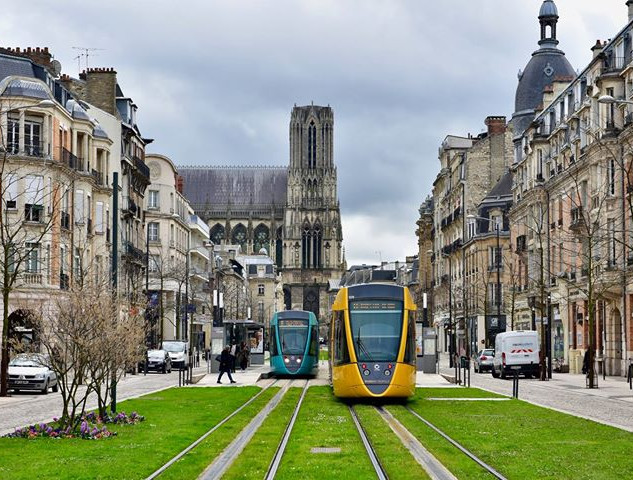 The Reims tram