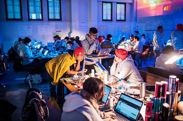 Cuộc thi Hackathon