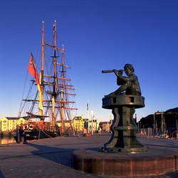 Whitehaven Harbour.jpg