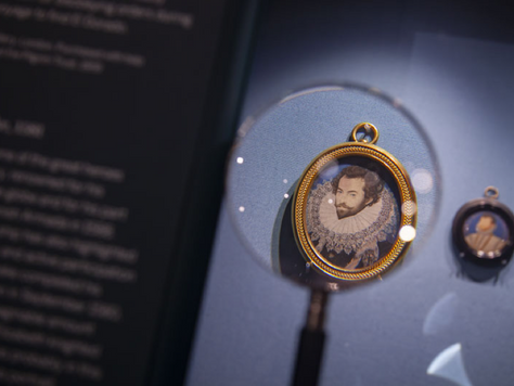 'Elizabethan Treasures: Miniatures by Hilliard and Oliver' Review – The National Portrait Gallery