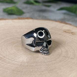Heathens Large Skull Ring