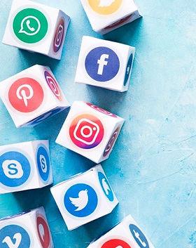 set-various-social-media-blocks-blue-pai