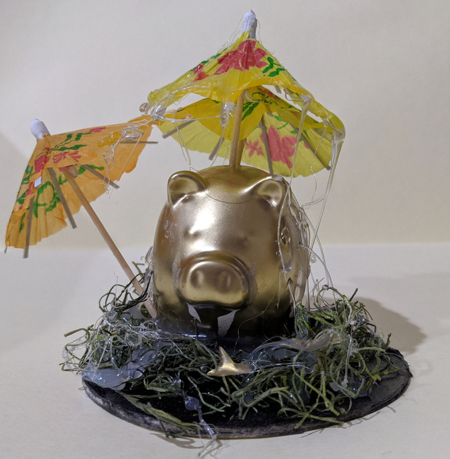 Pig with 2 Umbrellas