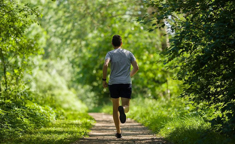 Runner Cross Country.jpg