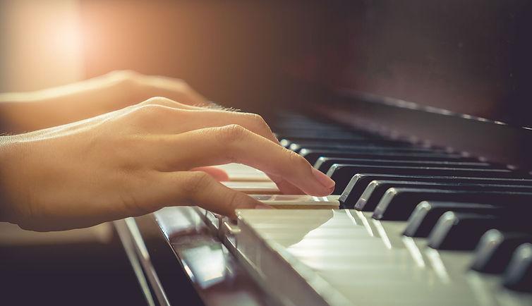 Piano-Keys-Hands.jpg