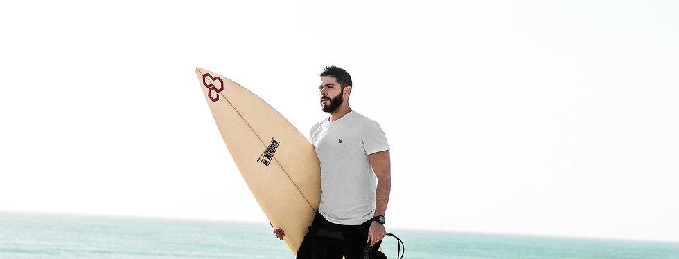 surfer-4234061_1920_edited_edited_edited.jpg