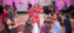 Live dance performer, Dancer