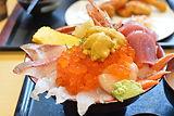 海の駅七のや 海鮮丼