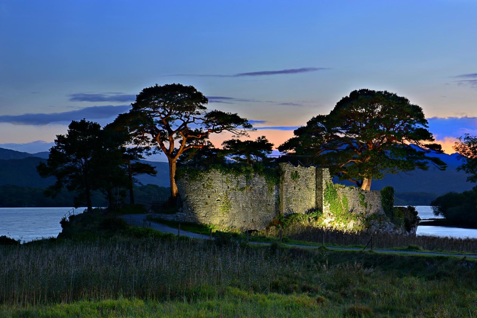 COLOUR - Castle at Dusk by Caroline Johnstone (9 marks)