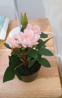 Artificial Pink Roses Pot 1.jpg