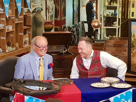 Bentley's on Bargain Hunt!