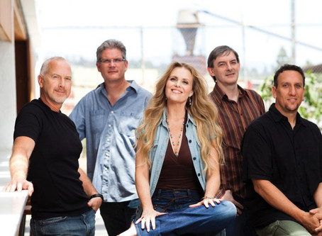 Sitting In: Songs of the Silver Screen Playlist with the Tierney Sutton Band - JAZZIZ magazine