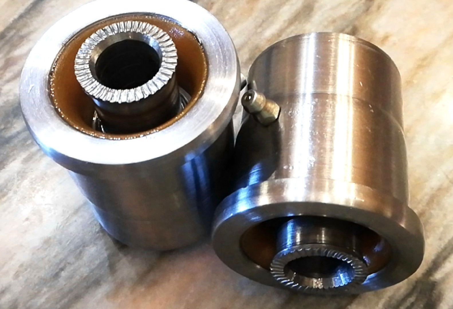 Hybrid Spherical Bushings