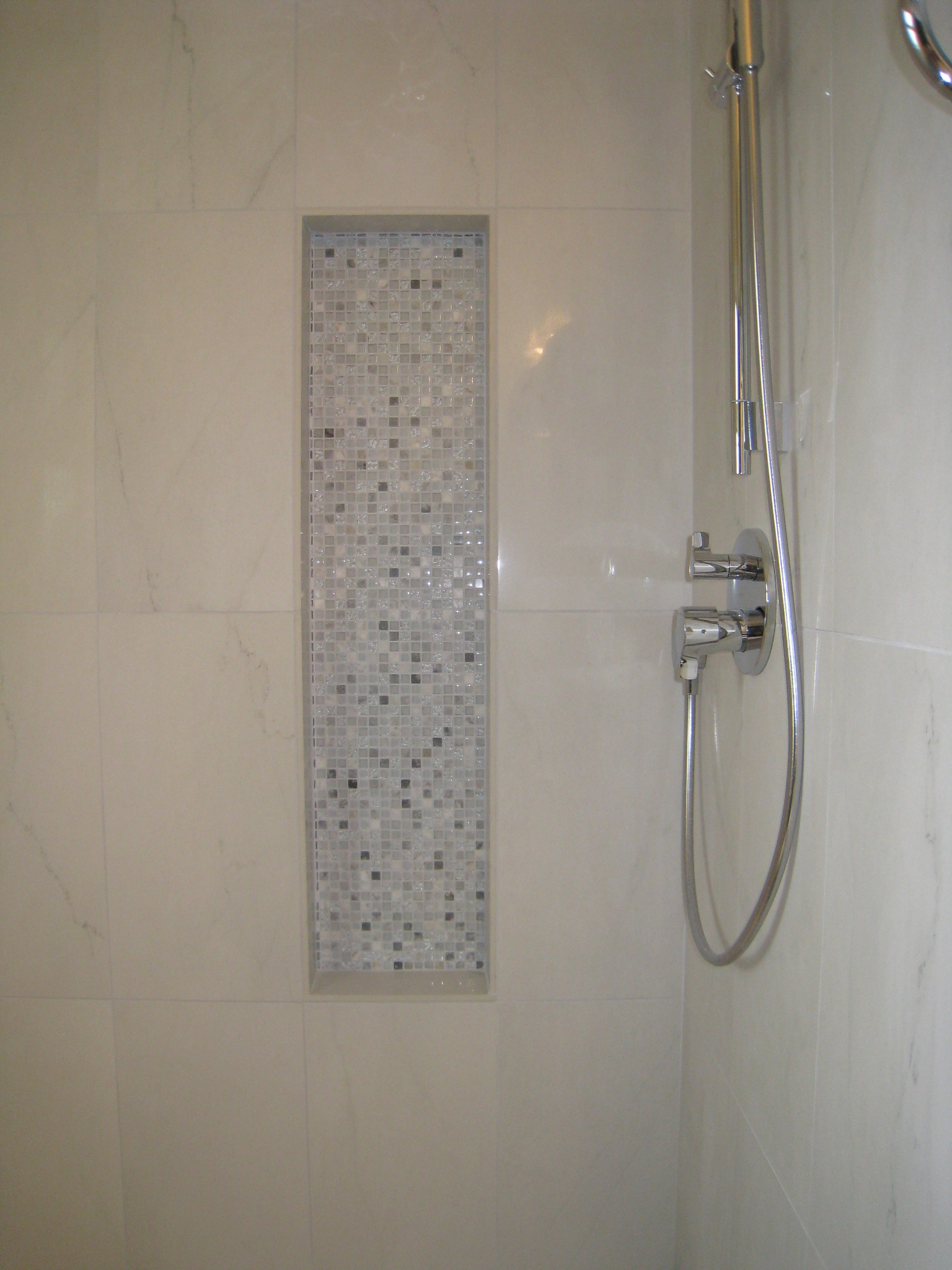 Shower Wall with Recessed Shelves