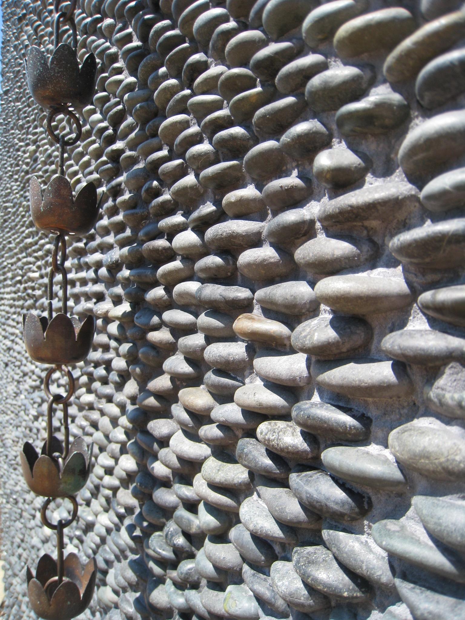 Standing pebbles