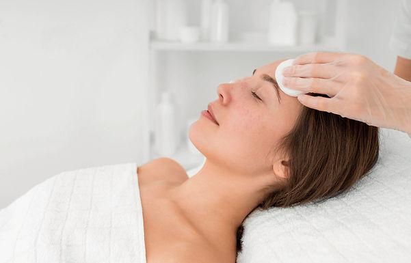 Limpieza Facial con Hidratación con bioxigeno