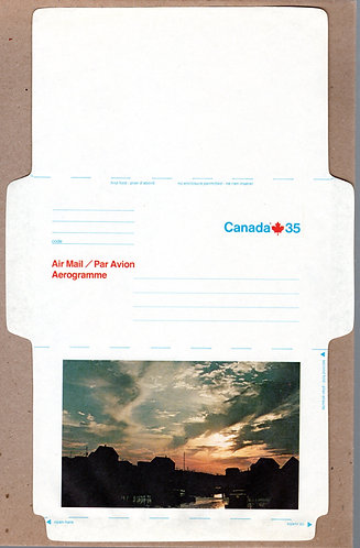 A72 Canada, Aerogramme, 35c blue and red, Atlantic Fishing Village, Unused