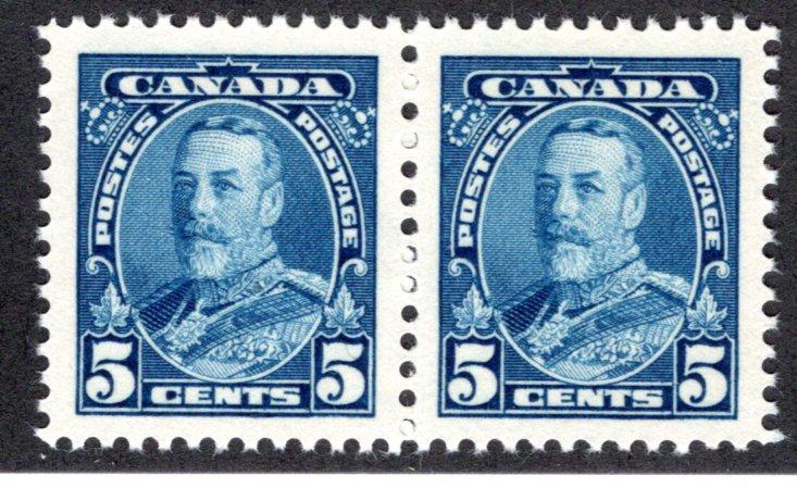 221, Scott, Canada,5c blue, VF, MNHOG, horiz. pair,KGV Pictorial