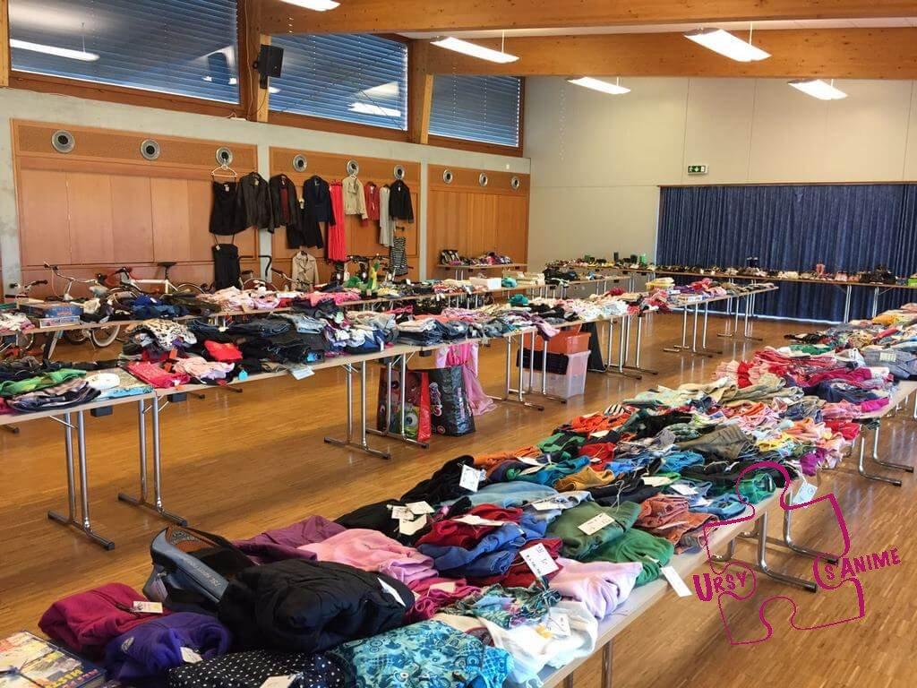 Bourses aux vêtements et matériel