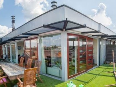 Why You Should Outfit Your Rooftop Space With Artificial Grass