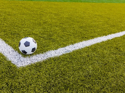Football's Complicated Relationship With Artificial Turf