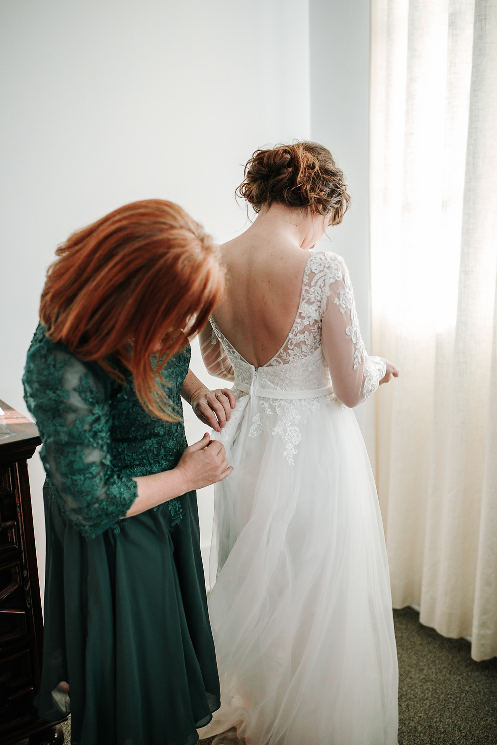 South Carolina wedding, getting ready photos