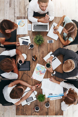 Coffee break during business meeting. Ve