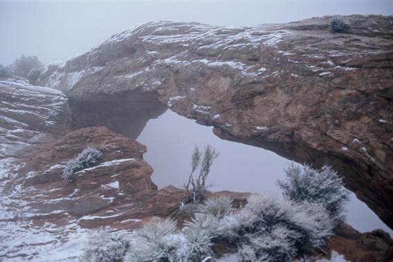 Mesa Arch_snowy
