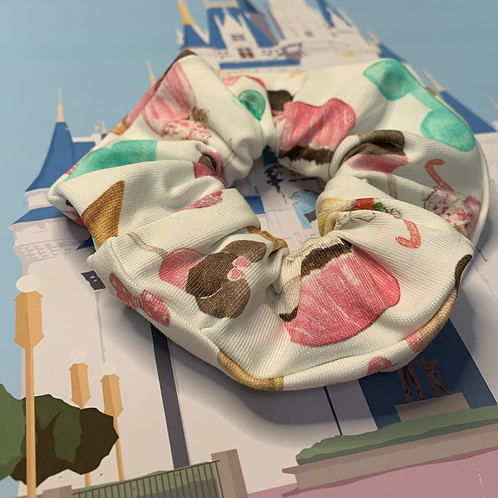 Park snacks scrunchie