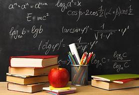 school-chalkboard-education-books-pencil