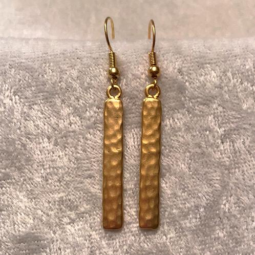 Gold Hammered Bar Earring
