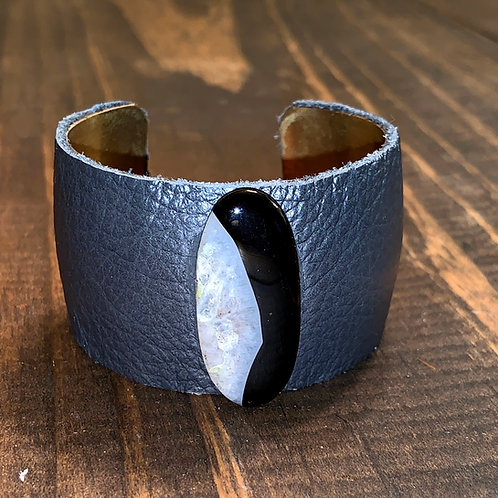 Sardonyx with Grey Leather Cuff