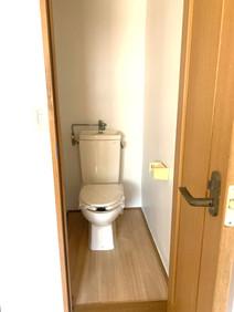 鴨居 トイレ