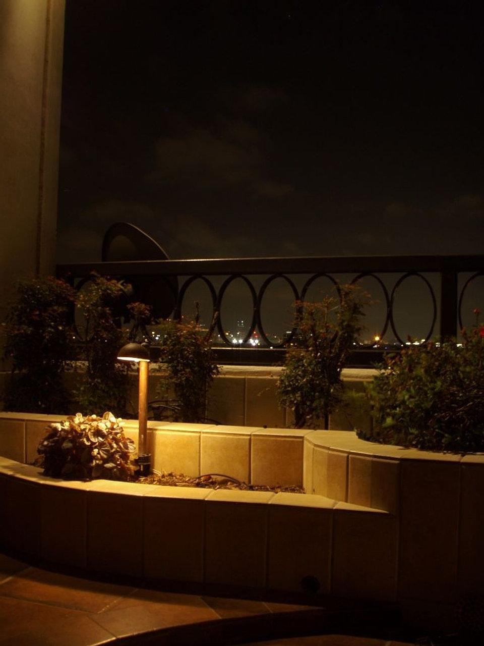 Lux Outdoor Lighting| Landscape Lighting