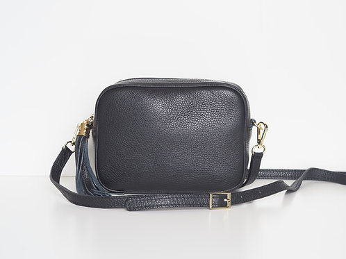 Tassel bag (black)