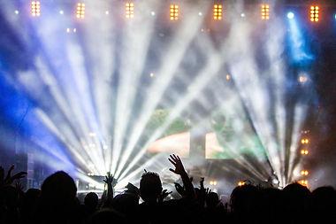stage-336695_1920.jpg