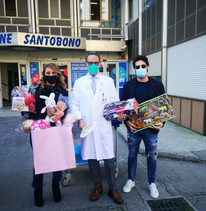 GIOCHI E DOLCIUMI PER I BAMBINI DEL SANTOBONO PAUSILLIPON
