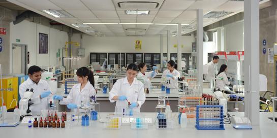 microbiology-laboratory.jpg