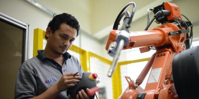 automation-robotics-laboratory.jpg